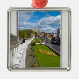 York walls minster metal ornament