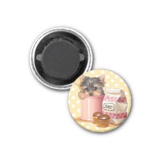 Yorkie y magdalenas del chocolate imán redondo 3 cm