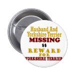 Yorkie y recompensa que falta del marido por Yorki Pin Redondo 5 Cm