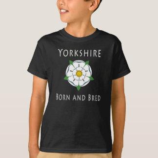 Yorkshire de los niños llevado y crió la camiseta