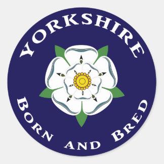 Yorkshire llevado y crió a los pegatinas pegatina redonda
