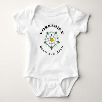 Yorkshire llevado y crió la enredadera infantil body para bebé