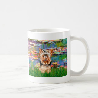 Yorkshire Terrier 17 - lirios 2 Taza Clásica