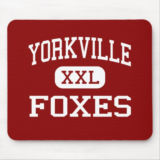Yorkville - Foxes - Middle - Yorkville Illinois Mouse Pad