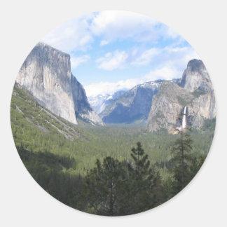 Yosemite Beauty Classic Round Sticker