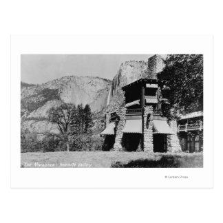 Yosemite CA - la casa de campo y el valle de Ahwa Postales
