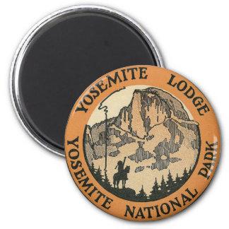 YOSEMITE NATIONAL PARK - VINTAGE TRAVEL 2 INCH ROUND MAGNET