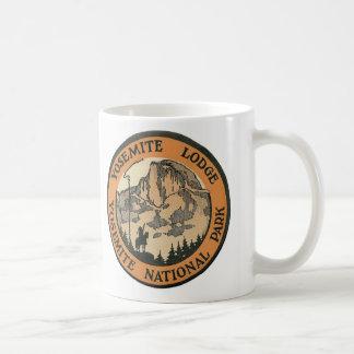 YOSEMITE NATIONAL PARK - VINTAGE TRAVEL COFFEE MUG
