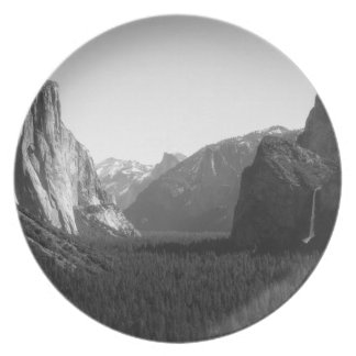 Yosemite Valley from Tunnel View Plate