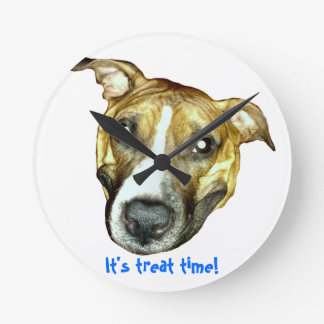 You know what time it is! round wall clock