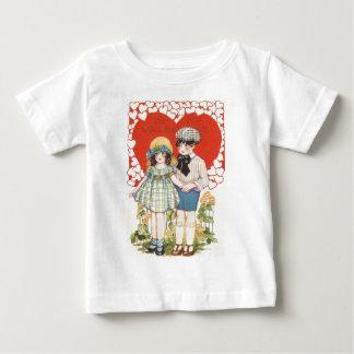 Young Couple Heart Hearts Daisy T-shirt