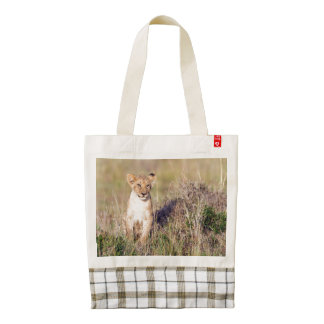 Young lion zazzle HEART tote bag