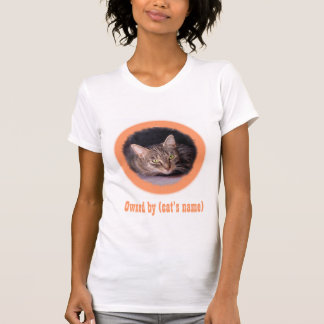 Your cat's picture and name on this t-shirt