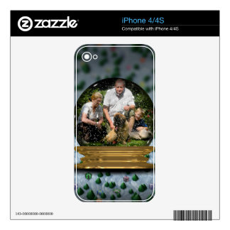 Your own photo in a Snowglobe Frame! - iPhone 4 Decal