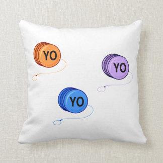 Yoyo Yo Cojín