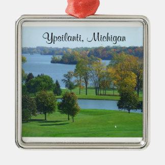 Ypsilanti, campo de golf de Michigan MI en el lago Adorno Navideño Cuadrado De Metal