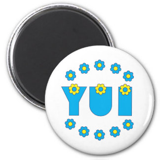 Yui in Flores Blue Magnets