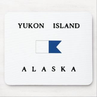 Yukon Island Alaska Alpha Dive Flag Mouse Pad