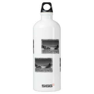 Yukon Quest Close-Up; No Text SIGG Traveler 1.0L Water Bottle