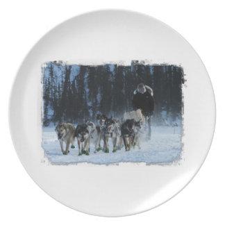Yukon Quest Dogsled Team Dinner Plates