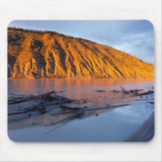 Yukon River clay bank Mouse Pad