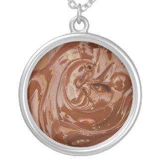 Yum Yum amantes del chocolate Collar Plateado