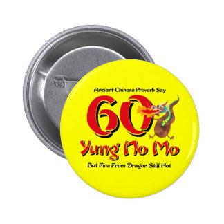 Yung ningún 60.o cumpleaños del MES Pin Redondo 5 Cm