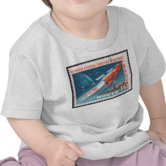 Yuri Gagarin Vostok 1 es 1r hombre en espacio Camiseta