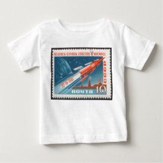 Yuri Gagarin Vostok 1 es 1r hombre en espacio Playera De Bebé