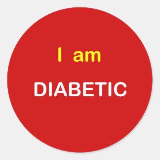z77 - I am DIABETIC. Classic Round Sticker