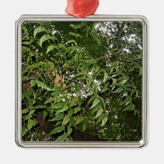 Z Neem Design Metal Ornament