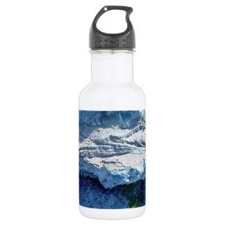 Z shaped layers in limestone stainless steel water bottle