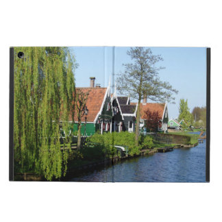 Zaanse Schans Dutch timber houses in green and red Case For iPad Air