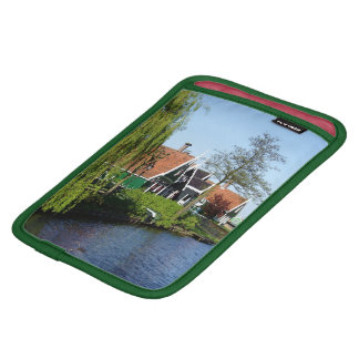 Zaanse Schans Dutch timber houses in green and red Sleeve For iPad Mini