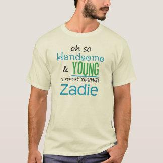 Zadie hermoso y joven playera