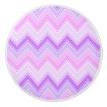 Zags rosados y púrpuras de Zigging