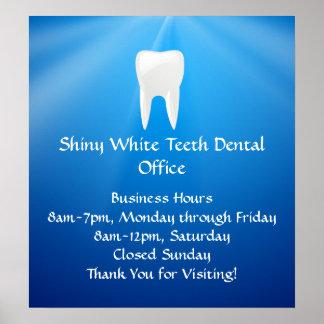 Zambullida azul dental u oficina del dentista poster
