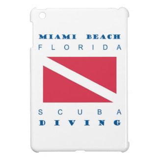 Zambullida del equipo de submarinismo de Miami Bea