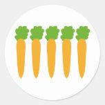 zanahorias alineadas pegatina redonda