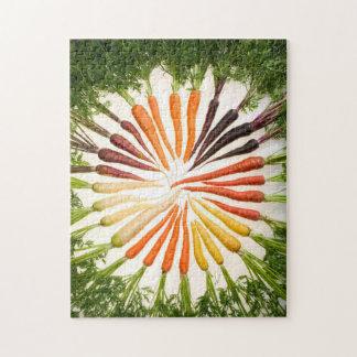 Zanahorias coloridas en un círculo puzzles con fotos
