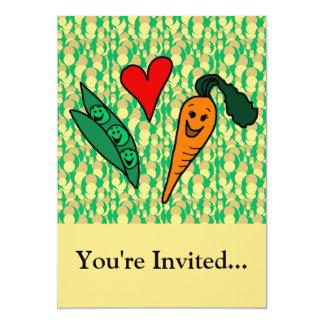 """Zanahorias del amor de los guisantes, diseño verde invitación 5"""" x 7"""""""
