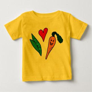 Zanahorias del amor de los guisantes, diseño verde playera de bebé