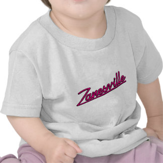 Zanesville en magenta camisetas