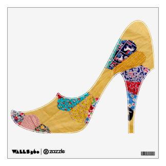 Zapato amarillo americano antiguo del tacón alto d