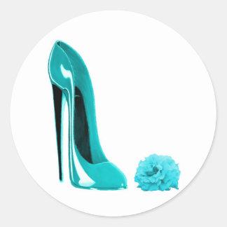 Zapato del estilete de la turquesa y subió pegatina redonda