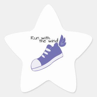 ¡Zapatos cons alas funcionados con con el viento! Pegatina En Forma De Estrella