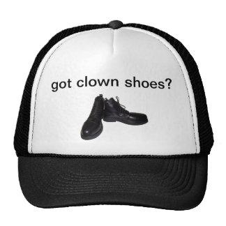 ¿zapatos conseguidos del payaso? gorra
