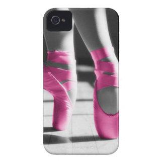 Zapatos de ballet rosados brillantes iPhone 4 Case-Mate cobertura