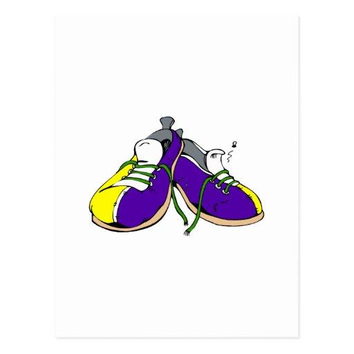 Zapatos de bolos coloridos tarjetas postales