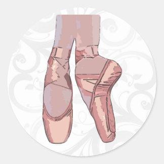 Zapatos de dedo del pie de los deslizadores del ba etiquetas redondas